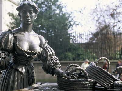 Bronze Statue of Molly Malone, Grafton Street, Dublin